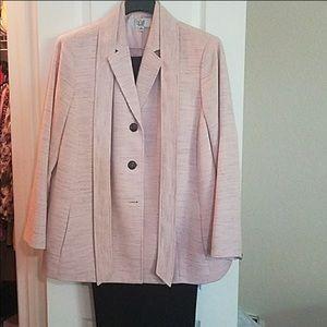 Le Suit size 18W
